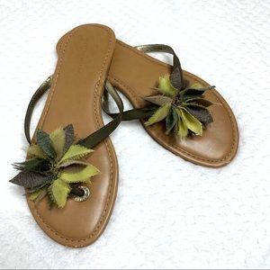 Banana Republic Green Floral Detail Sandals